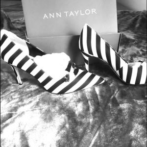 Anne Taylor high heel shoes!!!